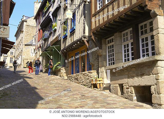 Dinan, Rue de Jerzual, Old Town, Bretagne, Brittany, Côtes d'Armor Department, Chateulin distict, France