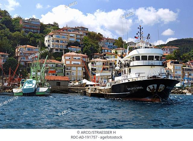 Boats in fishing harbour, near Sariyer, Bosporus, Turkey