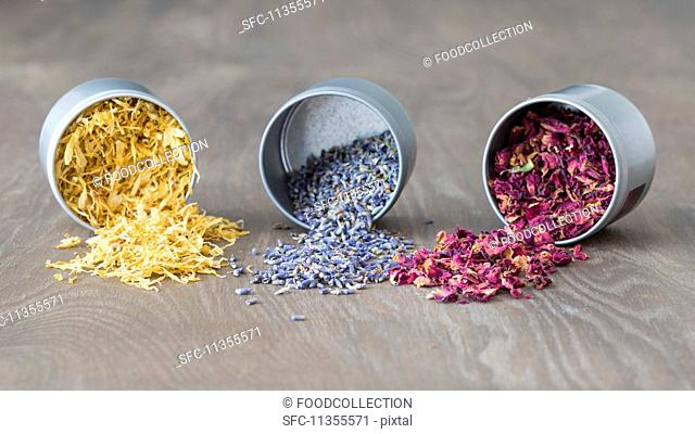 Dried marigold, lavender and rose petals
