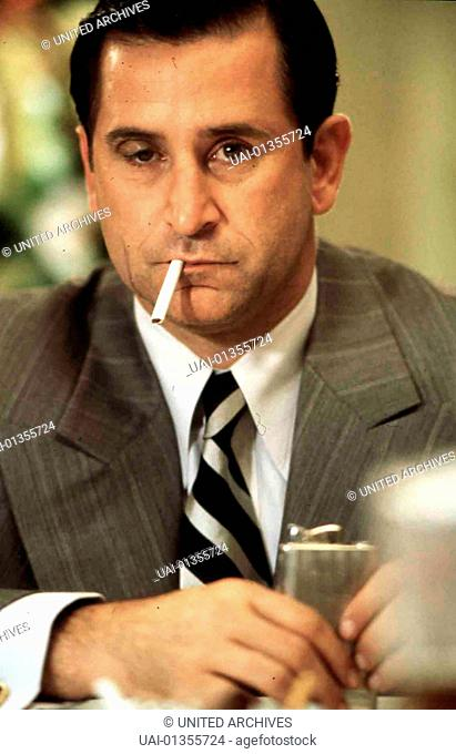 ANTHONY LAPAGLIA, 1999 Charlie Luciano (Anthony LaPaglia) *** Local Caption *** 1999, Lansky, Meyer Lansky: Amerikanisches Roulette