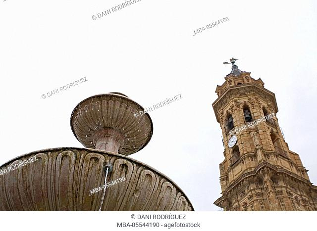 Church and fountain in Antequera, Málaga Province, Andalusia, Spain