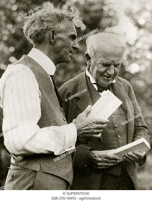 Henry Ford (1863-1947) Thomas Edison (1847-1931) American Inventors