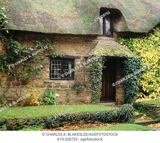 Cottage in Chipping Campden village, the Cotswolds. Gloucestershire, England, UK