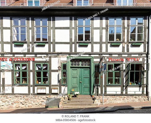 Germany, Mecklenburg-Western Pomerania, 'Waren an der Müritz', pizzeria in Mühlenstrasse