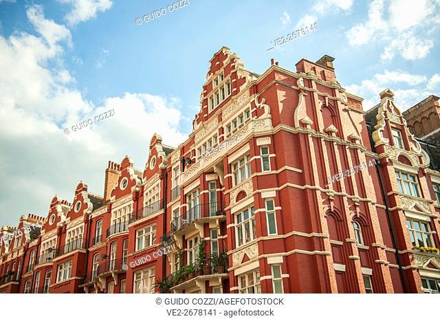 United Kingdom, England, London . Mansions on Marylebone Road