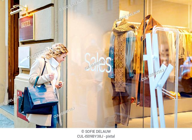Woman on shopping spree, Firenze, Toscana, Italy