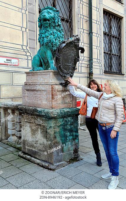 Munich, Lion monument in Residenzstrasse