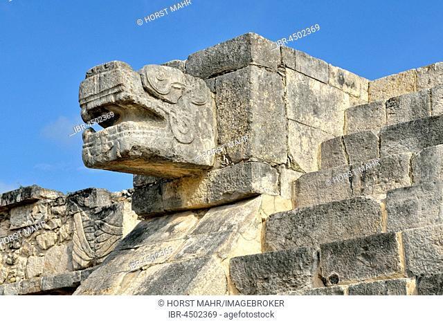 Snakehead, Plataforma de Venus, Venus Platform, historic Mayan city of Chichen Itza, Piste, Yucatan, Mexico