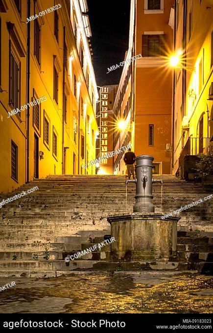 Alley in Rome, Lazio, Italy
