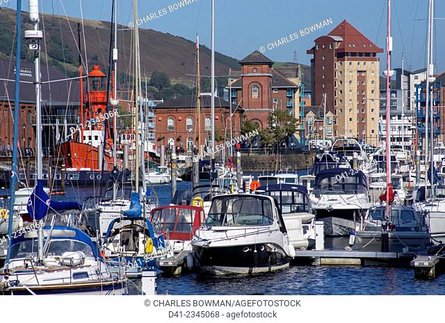 europe, UK, Wales, Swansea marina docks