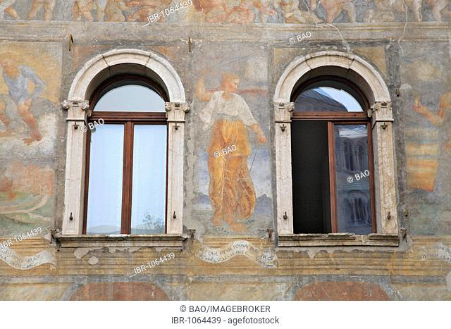 Frescos painted on a building in the historic town centre of Trento, Alto Adige, Italy, Europe