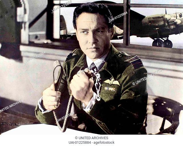 Richard Todd Commander Guy Gibson (Richard Todd) führt das Oberkommando bei der Zerstörung der Talsperren durch die britische Armee