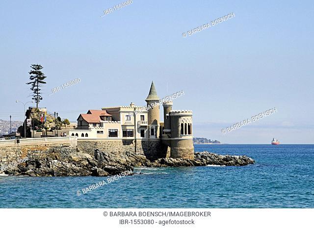 Castillo Wulff, Wulff Castle, museum, coast, Pacific Ocean, Vina del Mar, Chile, South America