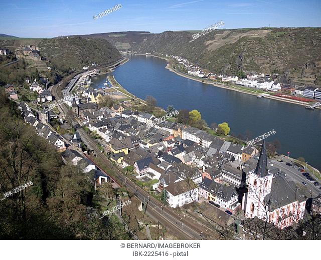 View of St. Goar and Rheinfels Castle, Rhine River, Rhineland-Palatinate, Upper Middle Rhine Valley, a UNESCO World Heritage site, Germany, Europe