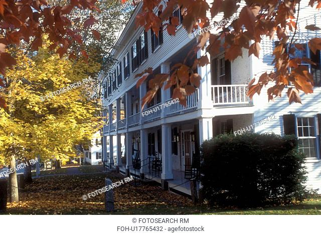 country inn, fall, Grafton, VT, Vermont, Historical Old Tavern Inn in the small town of Grafton in autumn