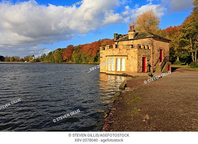 Newmillerdam Country Park Lake and Boathouse in Autumn, Wakefield, West Yorkshire, England, UK,