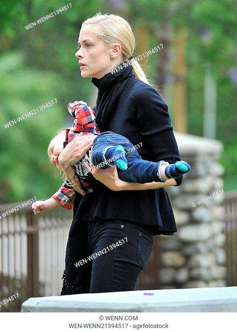Jaime King and Jordana Brewster take their children to Coldwater Park in Beverly Hills for a playdate Featuring: Jaime King Where: Los Angeles, California