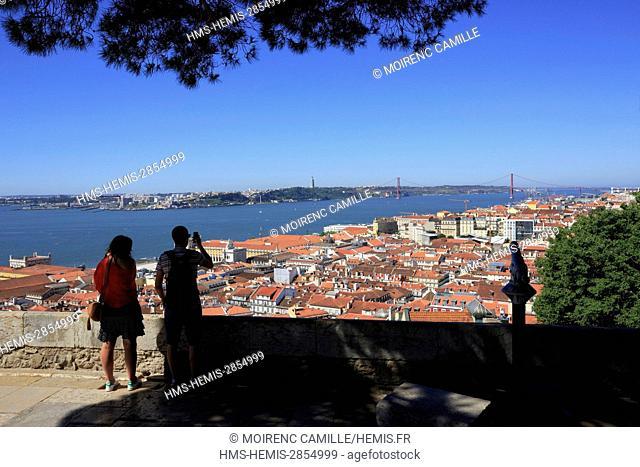 Portugal, Lisboa e Setubal province, Lisbon, Castelo Sao Jorge district, Castle of Sao Jorge, watchtower