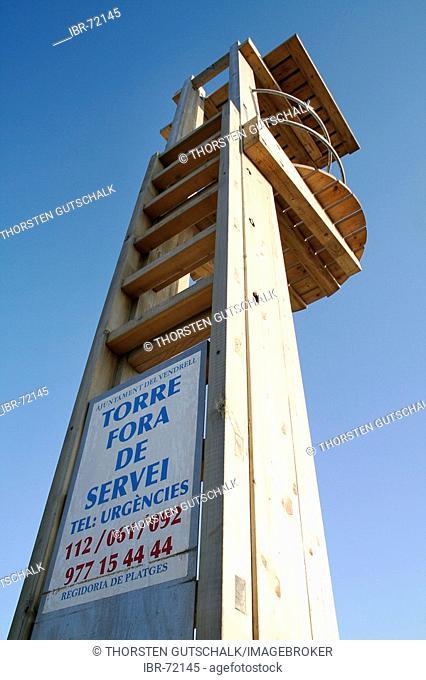 Observation tower life guard writing torre fora de servei
