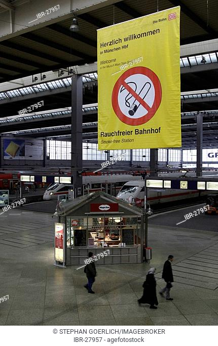 Munich, DEU, 21.02.2005 - A bill with a non smoking sign hangs in the munich central station, where it is forbidden to smoke