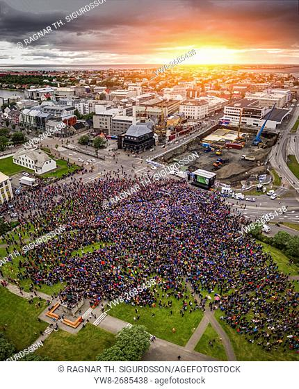 Crowds in downtown Reykjavik watching Iceland vs England in the UEFA Euro 2016 football tournament, Reykjavik, Iceland. Iceland won 2-1. June 27, 2016