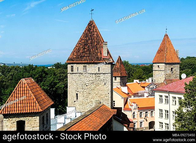 Estonia, Tallinn, view from the city wall on the city wall towers
