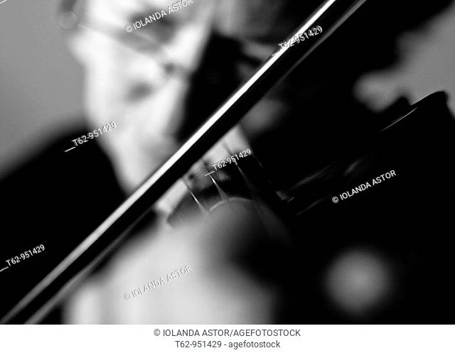 Violinist playing music  Violin  Black and white