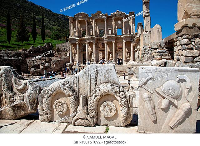 The Library was built in honor of the Ancient Greek Tiberius Julius Celsus Polemaeanus and completed in 135 AD by Celsus' son, Gaius Julius Aquila
