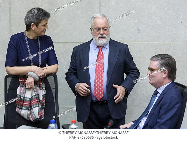 February 1, 2017 - Brussels, Belgium: EU Competition Commissioner Margrethe Vestager (L) is talking with the EU Climate Action & Energy Commissioner Miguel...