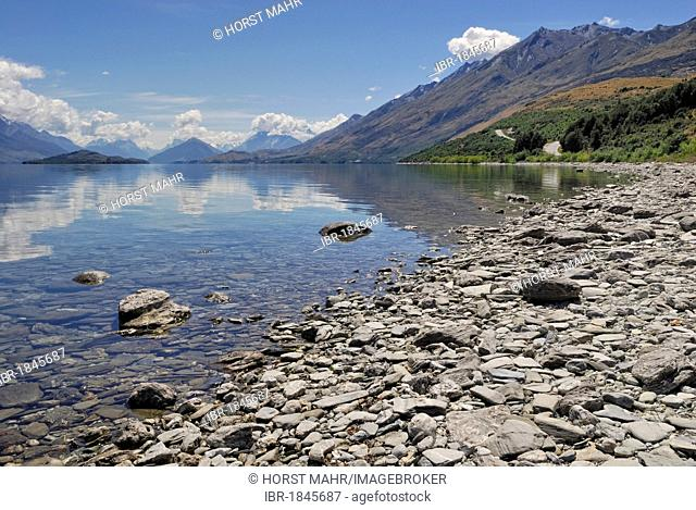 Lake Wakatipu in Queenstown with view of Mount Aspiring National Park, South Island, New Zealand
