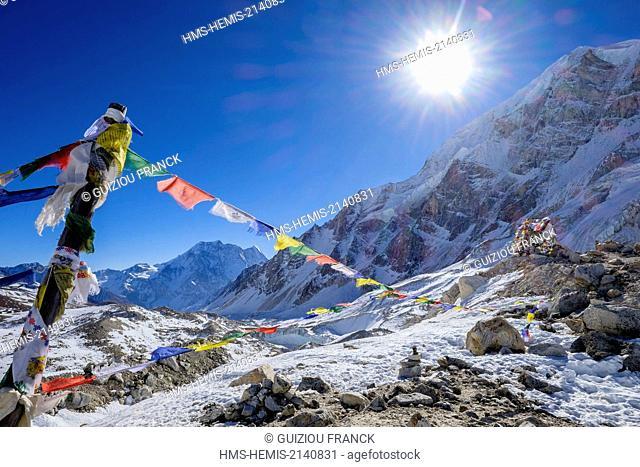Nepal, Gandaki zone, Manaslu Circuit, between Dharamsala and Bimthang, the Larkya Pass (alt.5160m)