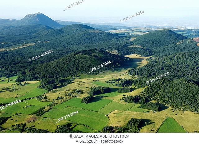PUY DE DOME CHAINE DES PUYS NATURE PARK OF VOLCANOES AUVERGNE MASSIF CENTRAL FRANCE
