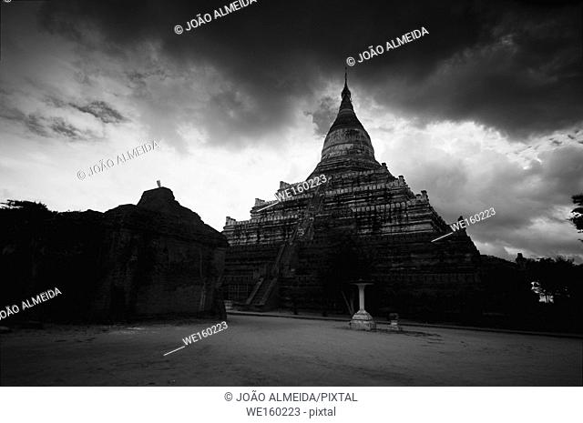 The stupas of Bagan standing above the plains