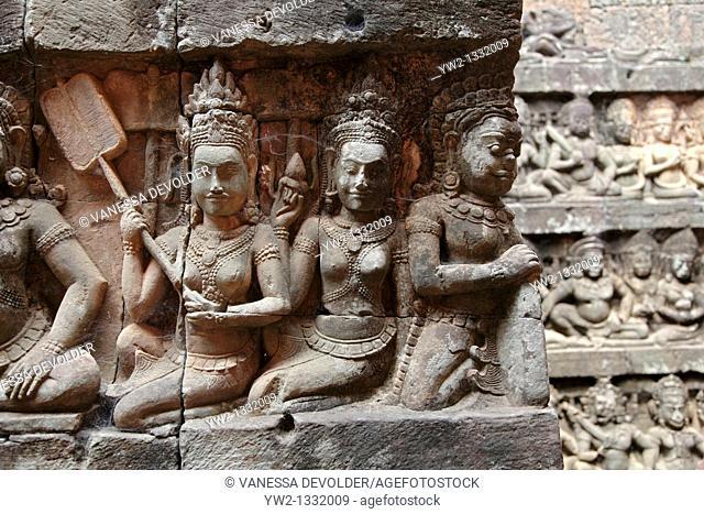 Terrace of the Leper king at Angkor, Cambodia  V10CAM0106RM