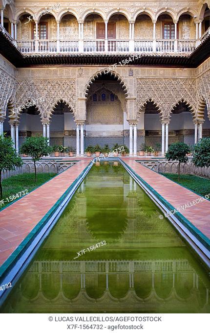 Royal Alcazar,`Patio de las Doncellas',Courtyard of the maidens,Seville, Andalusia, Spain