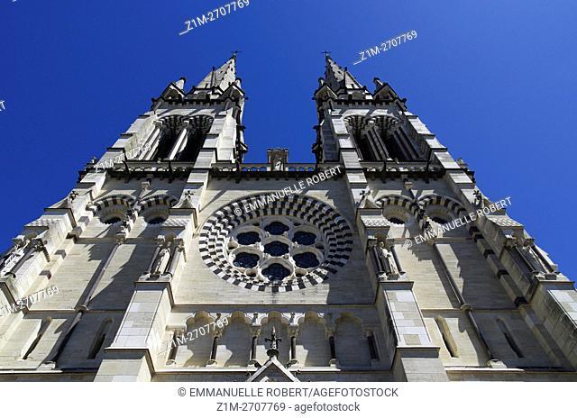 Cathedrale Notre-Dame-de-l'Annonciation , Moulins, Allier, Auvergne, France