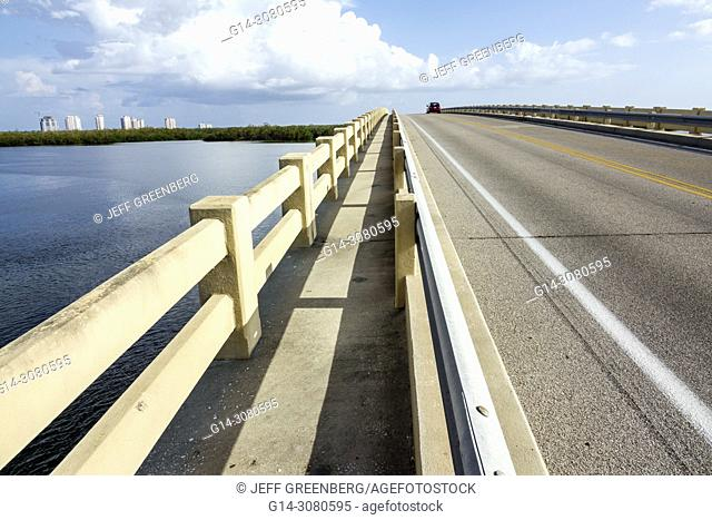 Florida, Fort Ft. Myers Beach, Lovers Key State Recreation Area, Estero Bay New Pass, bridge walkway, railing, skyline, water