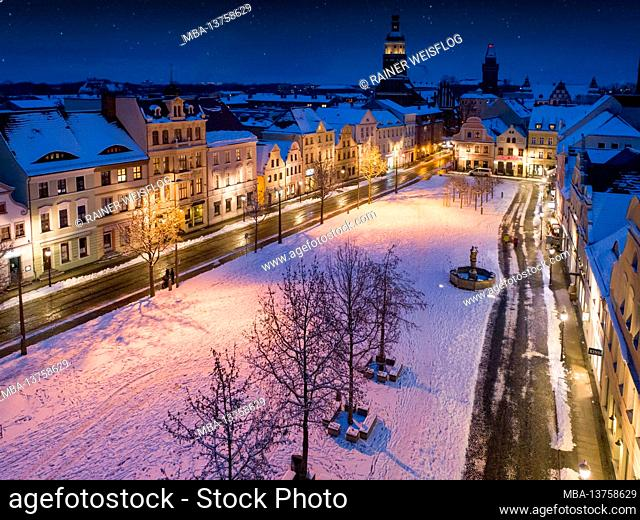 Winter mood on the old market in Cottbus