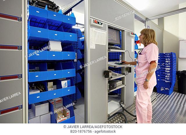 Preparation of drugs, Chaotic storage, Pharmacy, Hospital Donostia, San Sebastian, Gipuzkoa, Basque Country, Spain