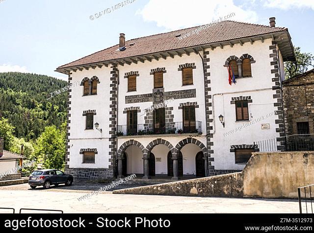 Casa de la Villa de Esparza de Salazar. Navarra. España