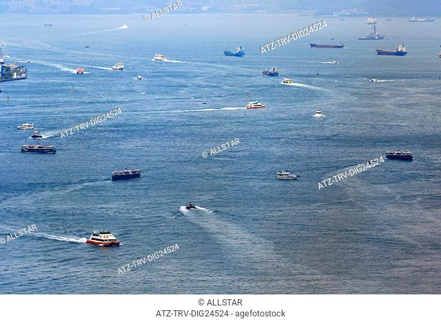 BOATS, FERRIES & SHIPS IN VICTORIA HARBOUR; HONG KONG, CHINA; 03/05/2015