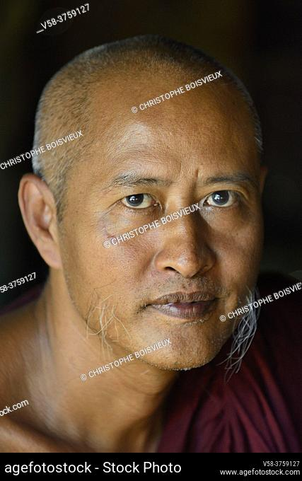 Myanmar, Bagan region, Set Setyo village, Senior Buddhist monk