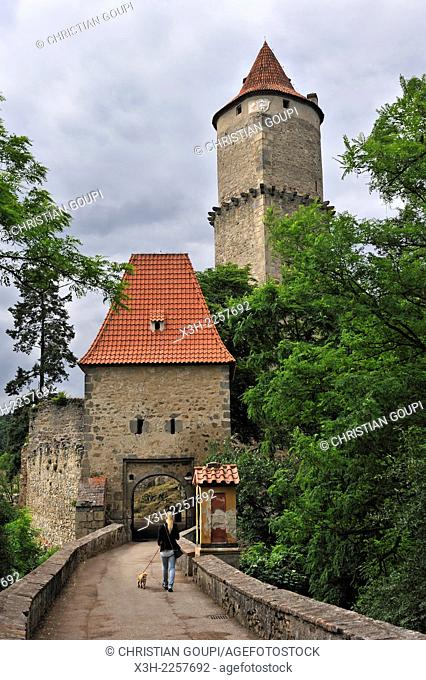 gatehouse and tower of Zvikov Castle, next to the village of Zvikovske Podhradi, district of Pisek, South Bohemian Region, Czech Republic, Europe