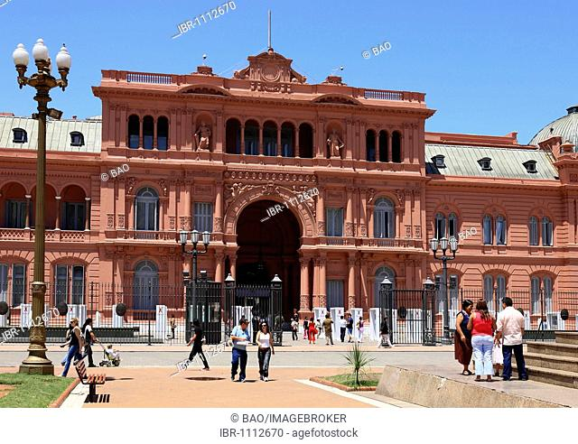 Casa Rosada, presidential palace on the eastern side of the Plaza de Mayo Square, Buenos Aires, Argentina