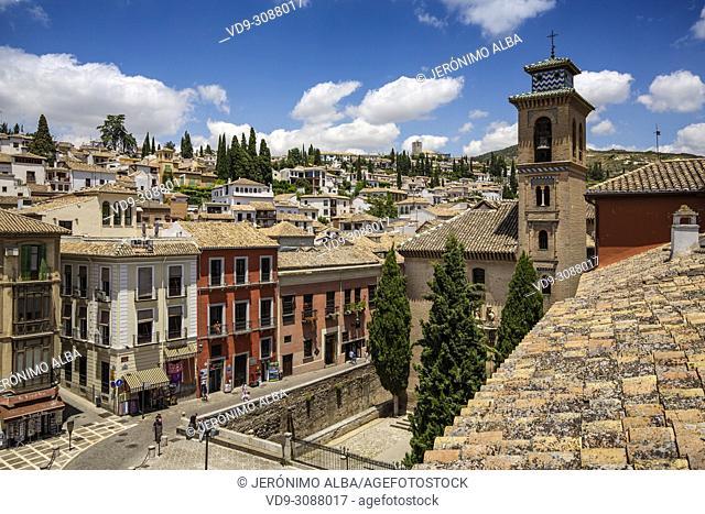 Plaza Nueva. Church of Santa Ana, Albaicín and Darro river. Granada City. Andalusia, Southern Spain Europe