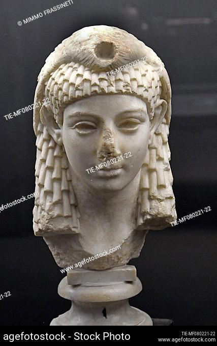 Ptolemaic princess (Cleopatra?) 1st cent. B.C. The exhibition illustrates the relationship between Rome and Pompeii, from the Second Samnite War to the eruption...