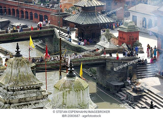 Cremation ground, temple of Pashupatinath on the holy Bagmati River, Kathmandu, Nepal, Asia