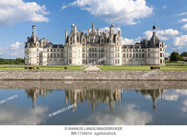 Château de Chambord, north facade with a moat, department of Loire et Cher, Centre region, France, Europe
