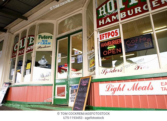 take-away food outlet, Woodend, Victoria, Australia