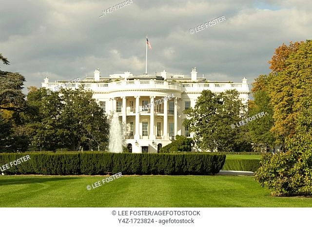 Washington DC USA, the White House, home of the US President at 1600 Pennsylvania Avenue